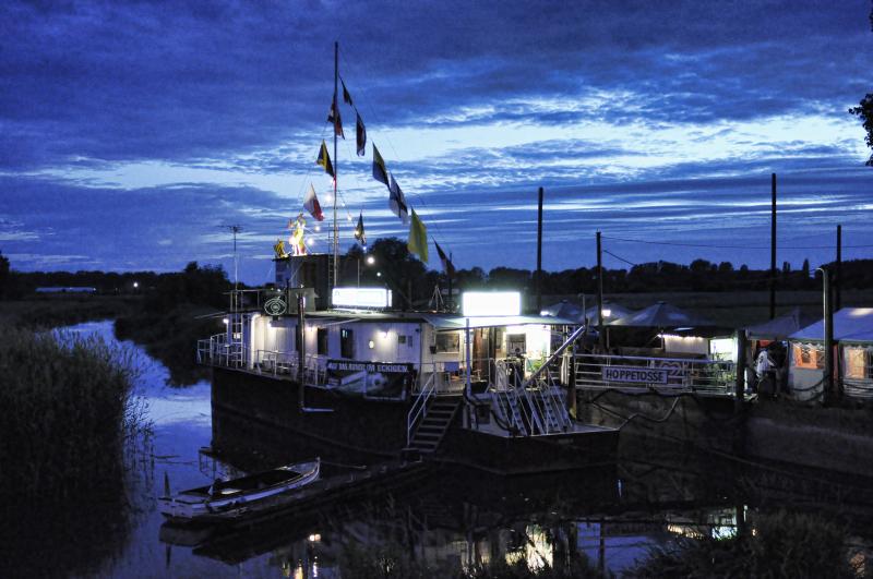 Theaterschiff-Batavia-_DSC0439